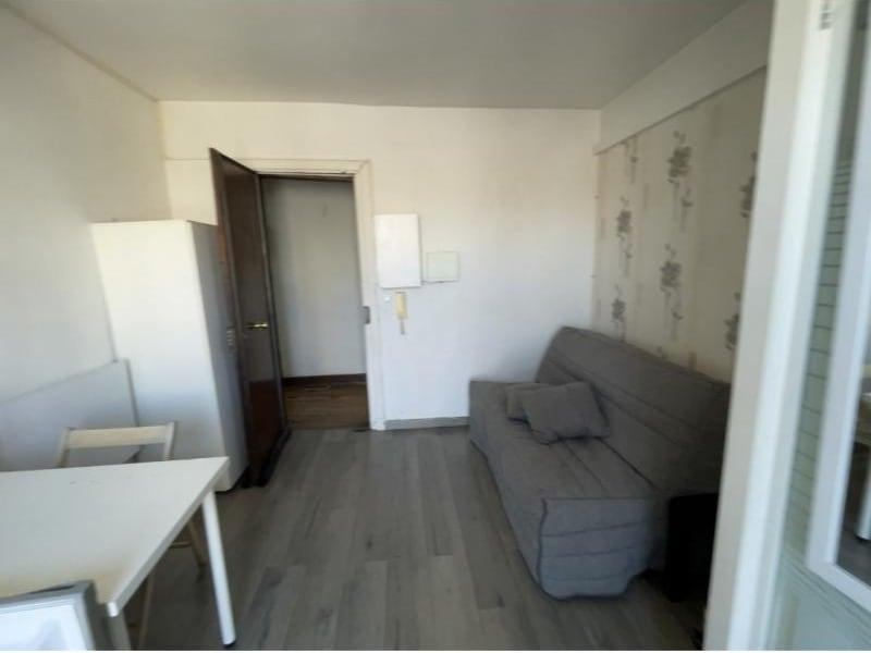 Rental apartment Paris 10ème 640€ CC - Picture 2