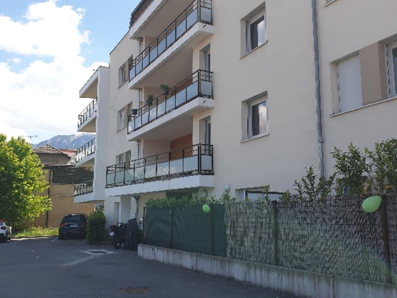 Rental apartment La roche sur foron 1070€ CC - Picture 1