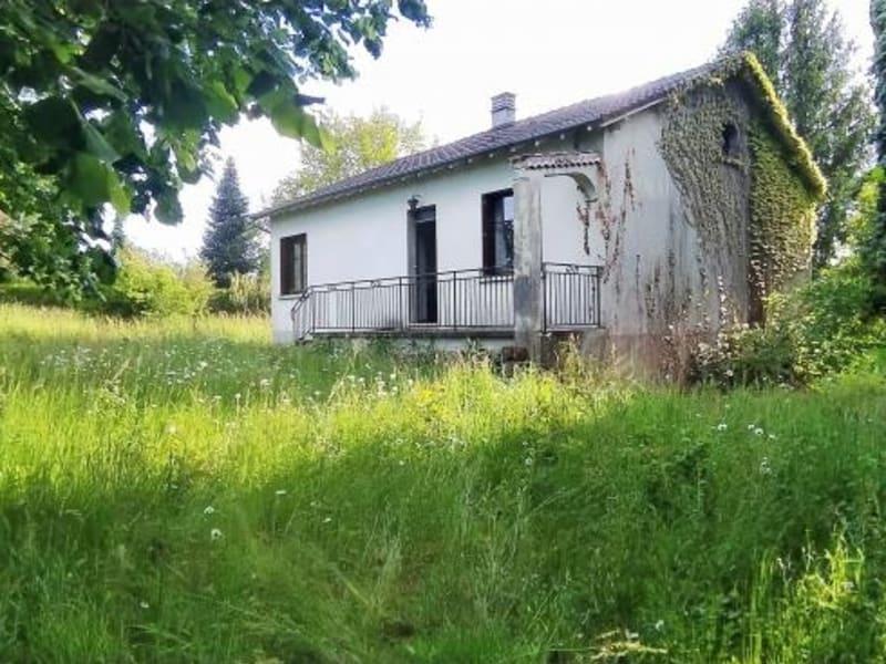 Sale house / villa Chalus 87200€ - Picture 1