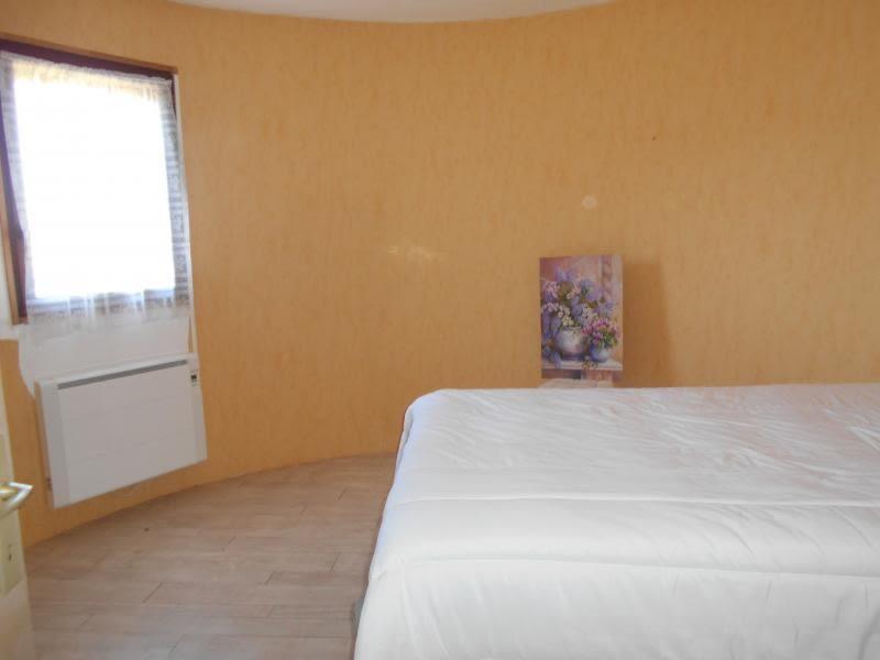 Sale house / villa Riberac 235000€ - Picture 9