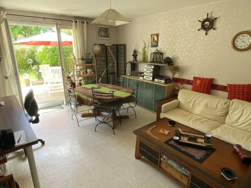 Sale apartment Montigny-le-bretonneux 241500€ - Picture 2