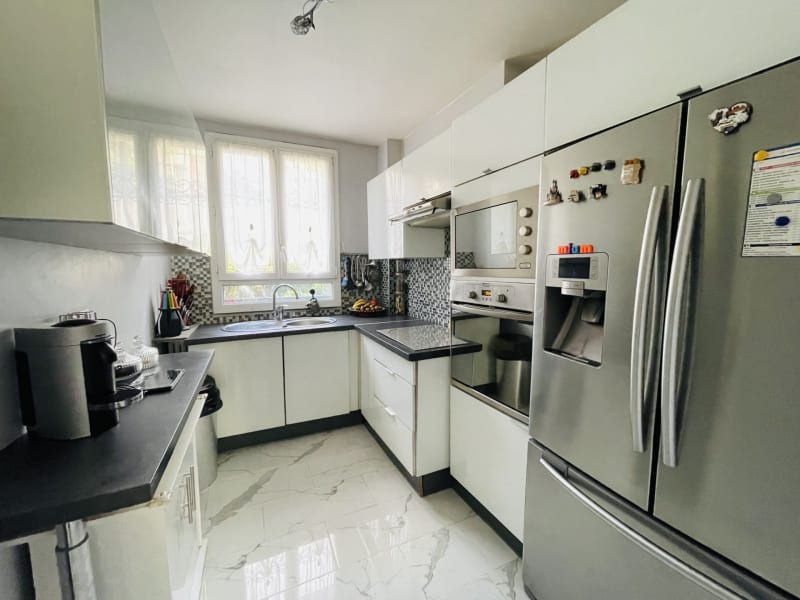 Sale apartment Le raincy 294000€ - Picture 3