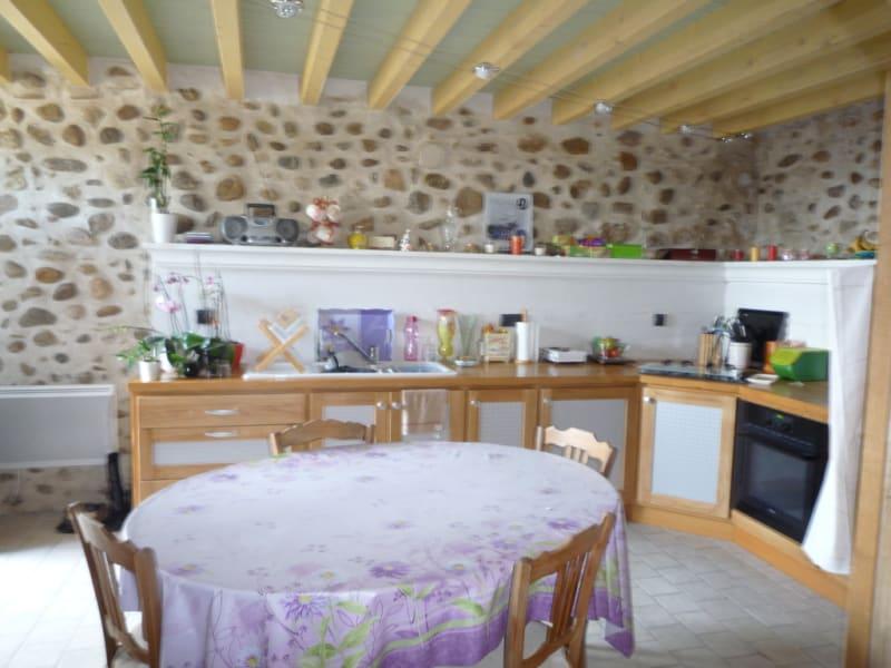 Rental house / villa Apprieu 518€ CC - Picture 3