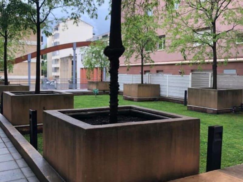 Rental apartment Aix en provence 795€ CC - Picture 2
