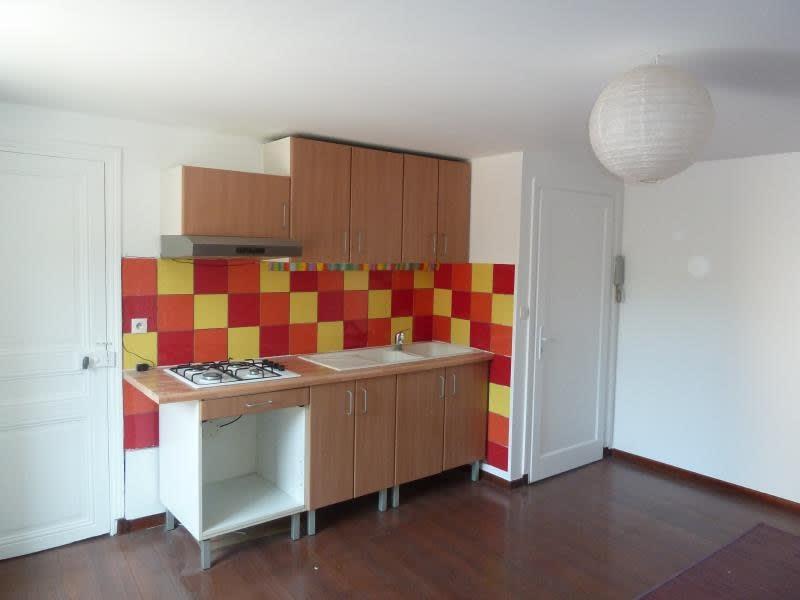 Rental apartment Meulan 536,75€ CC - Picture 2