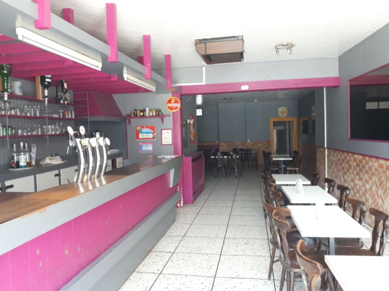 Location local commercial Fauquembergues 450€ HC - Photo 1
