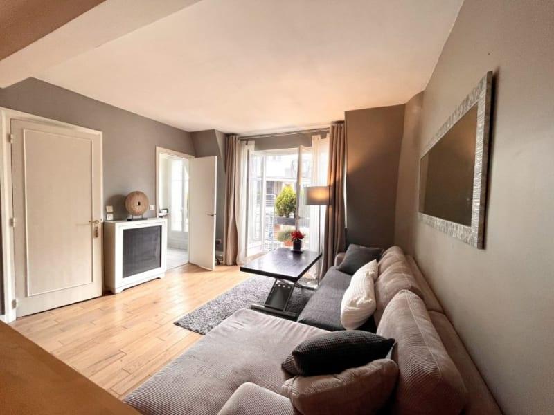 Location appartement Paris 17ème 1390€ CC - Photo 3