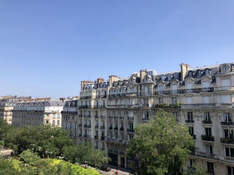 Location appartement Paris 17ème 3750€ CC - Photo 2