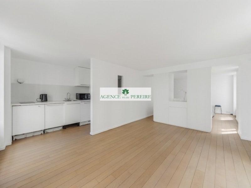 Sale apartment Paris 10ème 520000€ - Picture 2