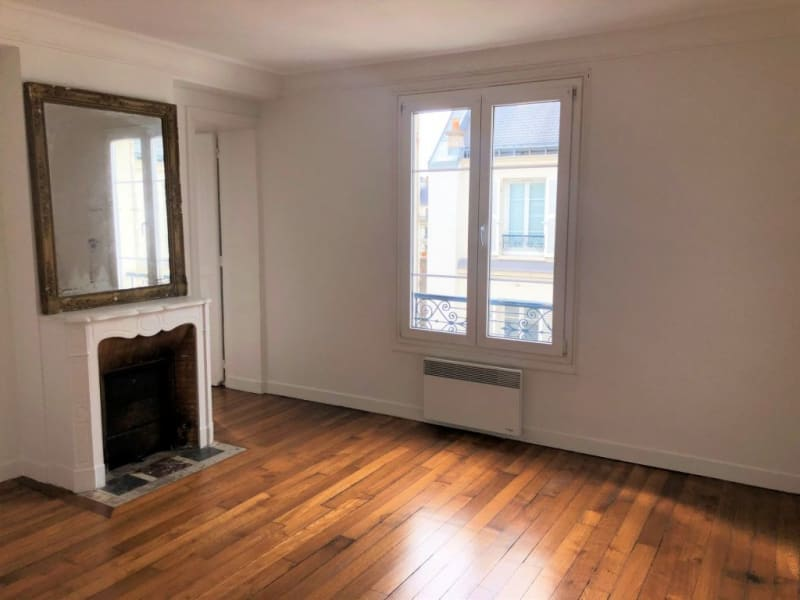 Rental apartment Paris 17ème 1719€ CC - Picture 1