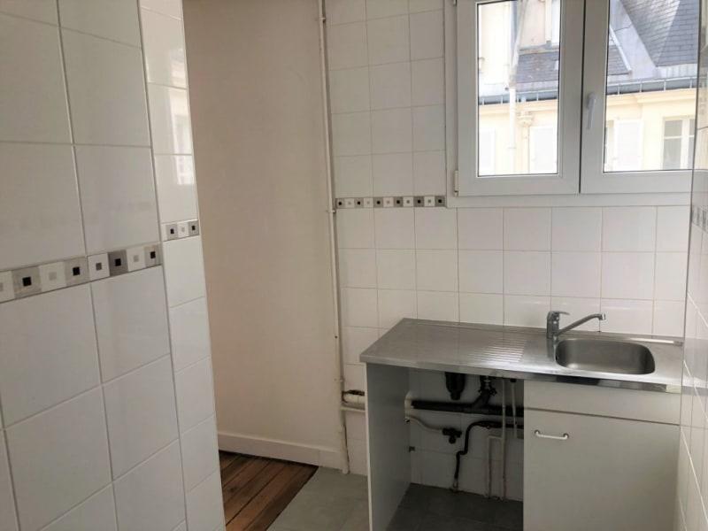 Rental apartment Paris 17ème 1719€ CC - Picture 6