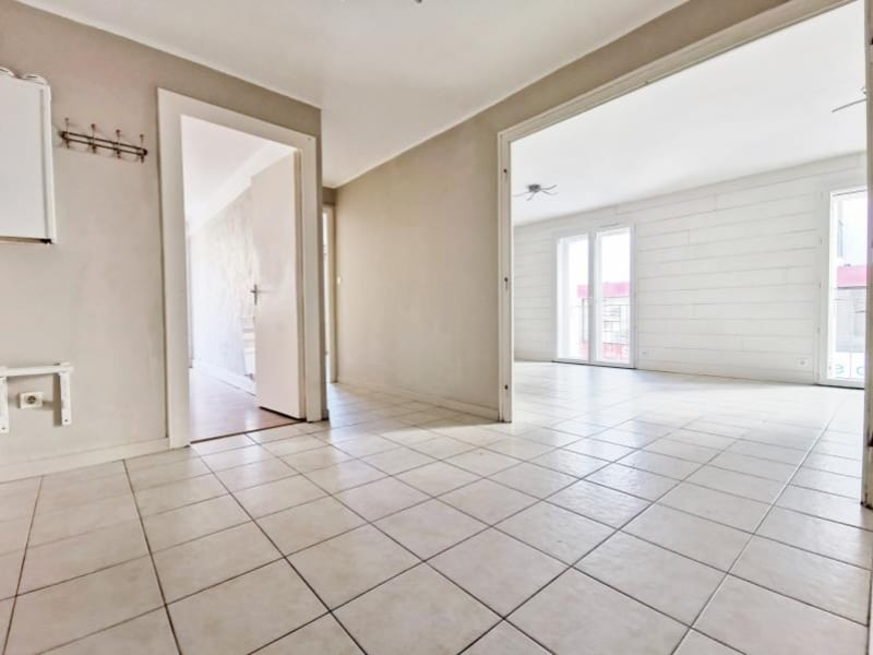 Sale apartment Cluses 150000€ - Picture 5