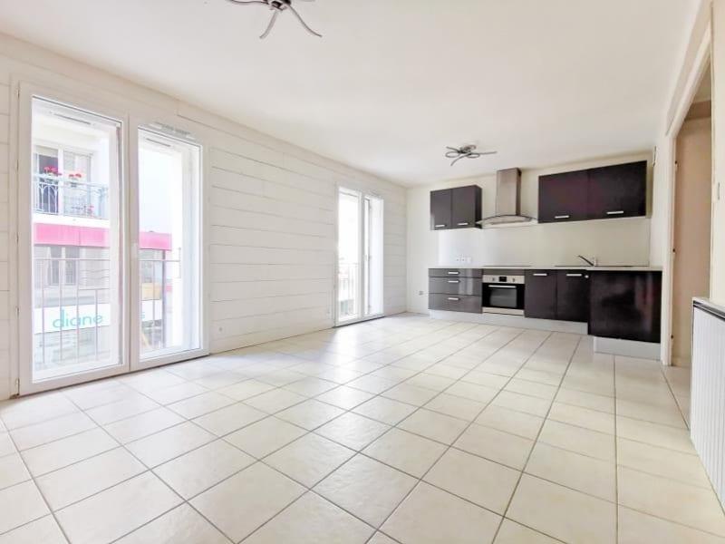 Sale apartment Cluses 150000€ - Picture 6