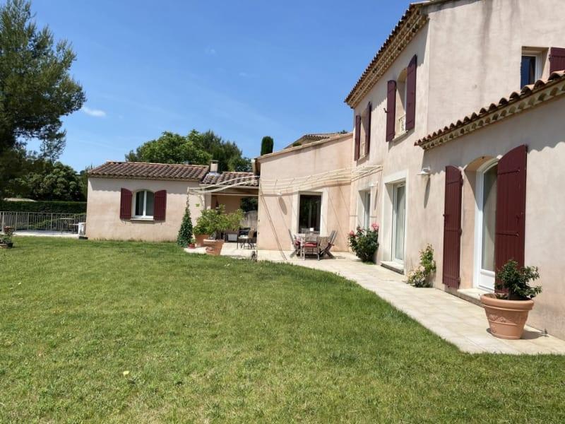 Vente maison / villa Villeneuve les avignon 1080000€ - Photo 3