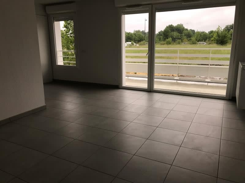Rental apartment Begles 759€ CC - Picture 1