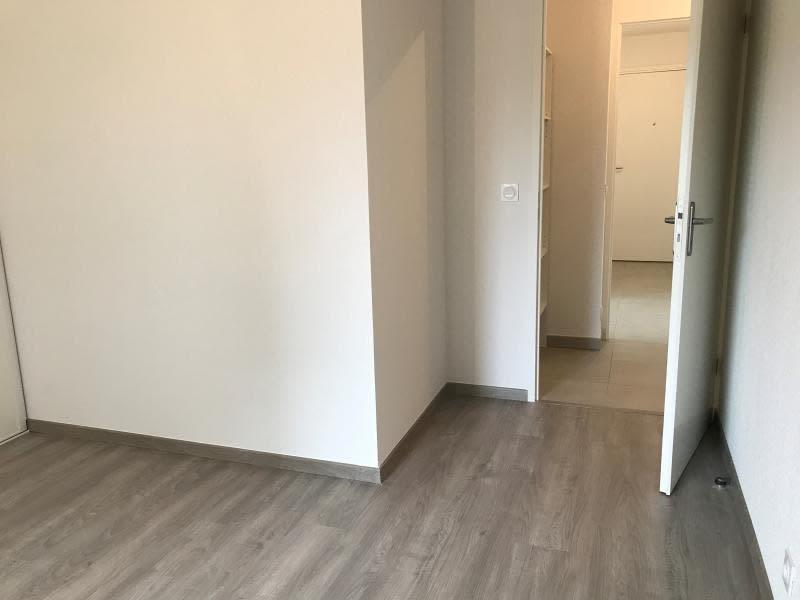 Rental apartment Begles 759€ CC - Picture 3