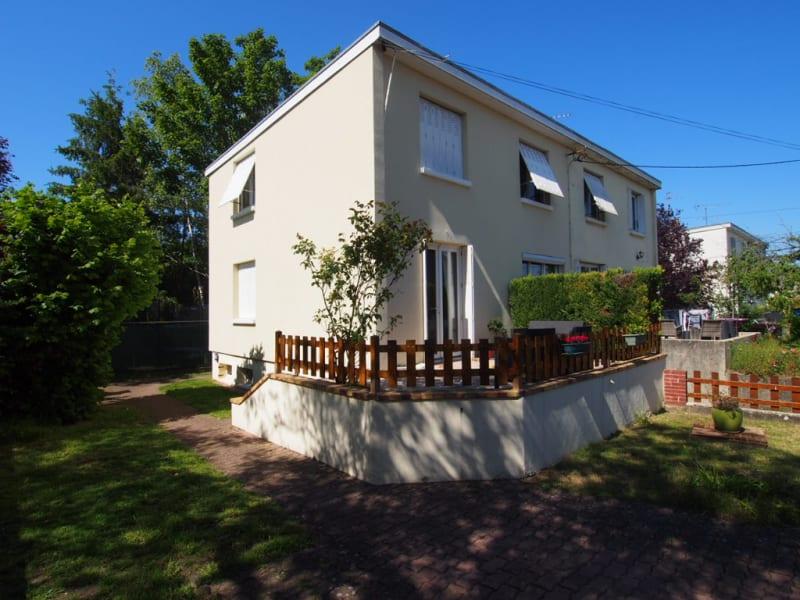 Sale house / villa Conflans sainte honorine 375000€ - Picture 1