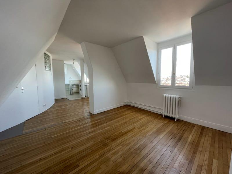 Location appartement Paris 10ème 1067€ CC - Photo 5