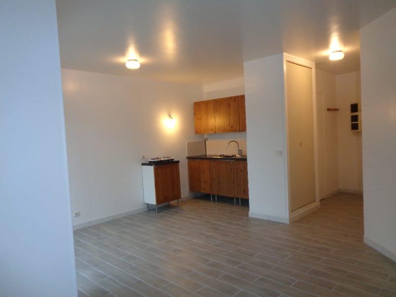 Rental apartment Paray vieille poste 560€ CC - Picture 4