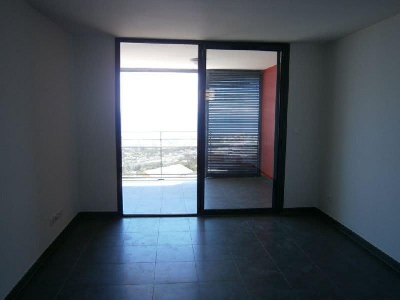 Location appartement St denis 590€ CC - Photo 2