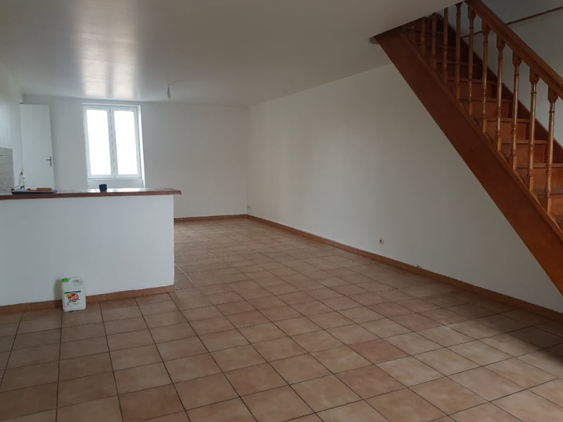 Rental apartment Challuy 500€ CC - Picture 1
