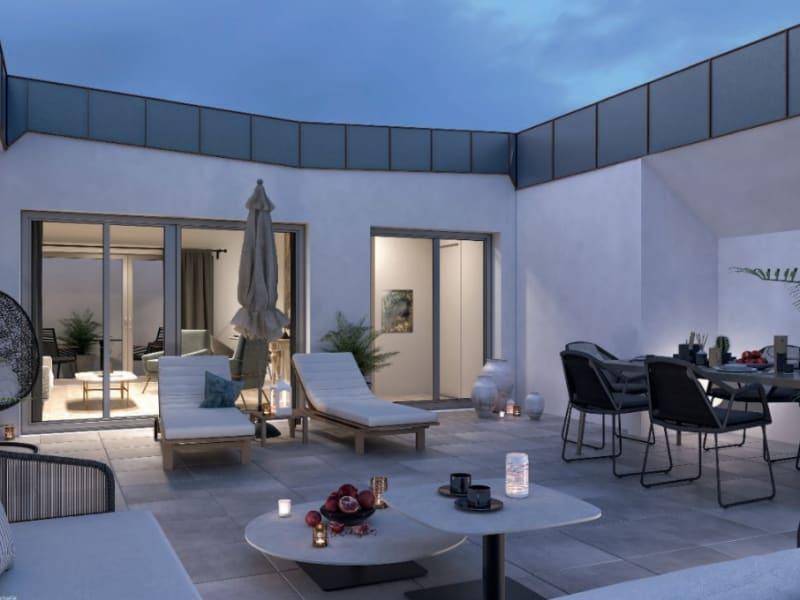 Sale apartment Versailles 1050000€ - Picture 1