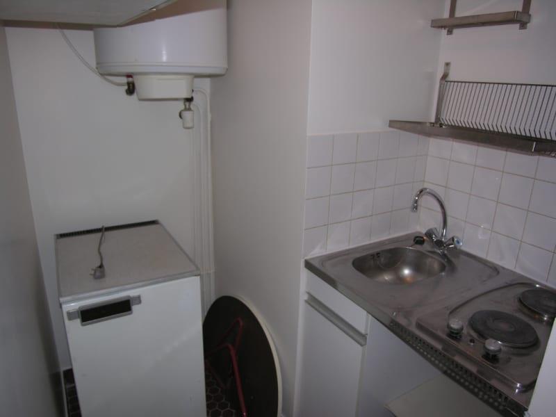 Rental apartment Issy les moulineaux 758€ CC - Picture 3