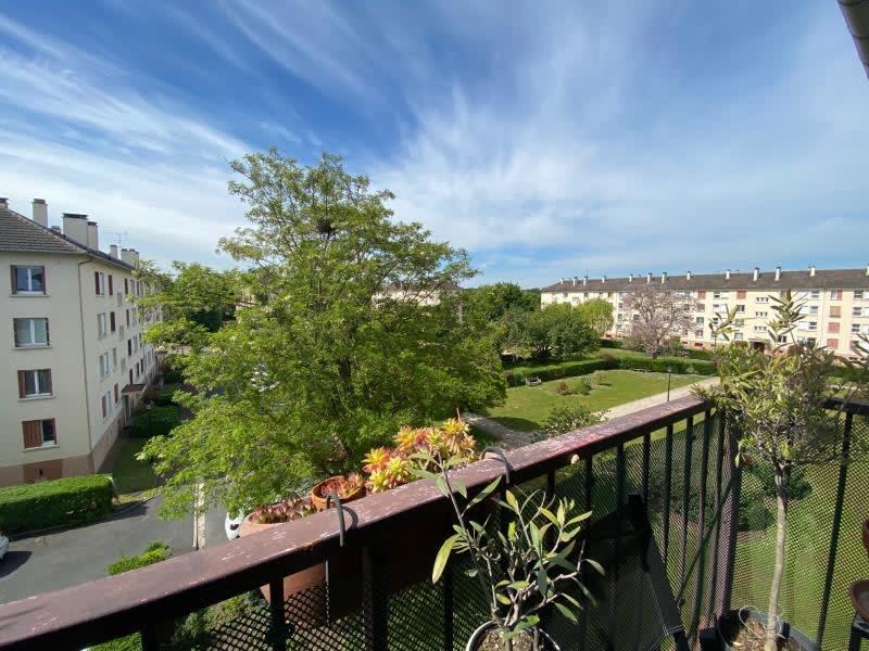 Venta  apartamento Le mesnil le roi 315000€ - Fotografía 1