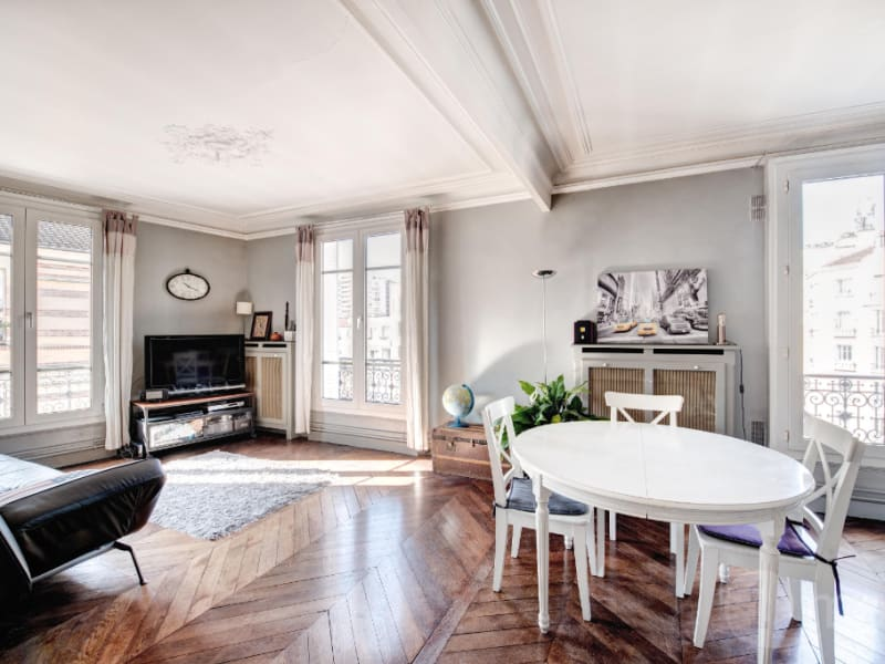 Sale apartment Courbevoie 560000€ - Picture 2