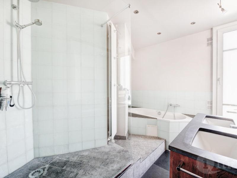 Sale apartment Courbevoie 560000€ - Picture 5