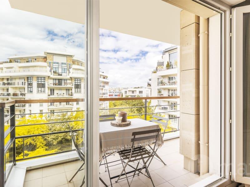 Sale apartment Courbevoie 790000€ - Picture 2