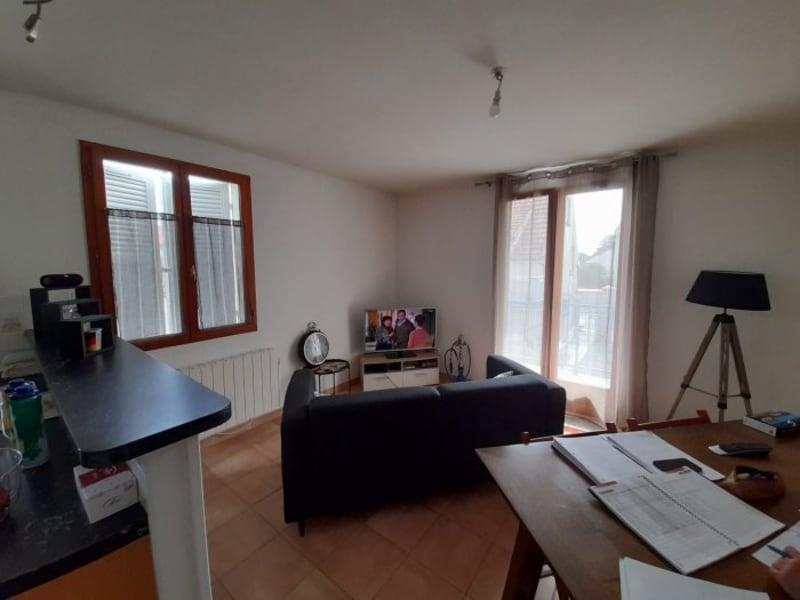 Location appartement Le perray-en-yvelines 750€ CC - Photo 2