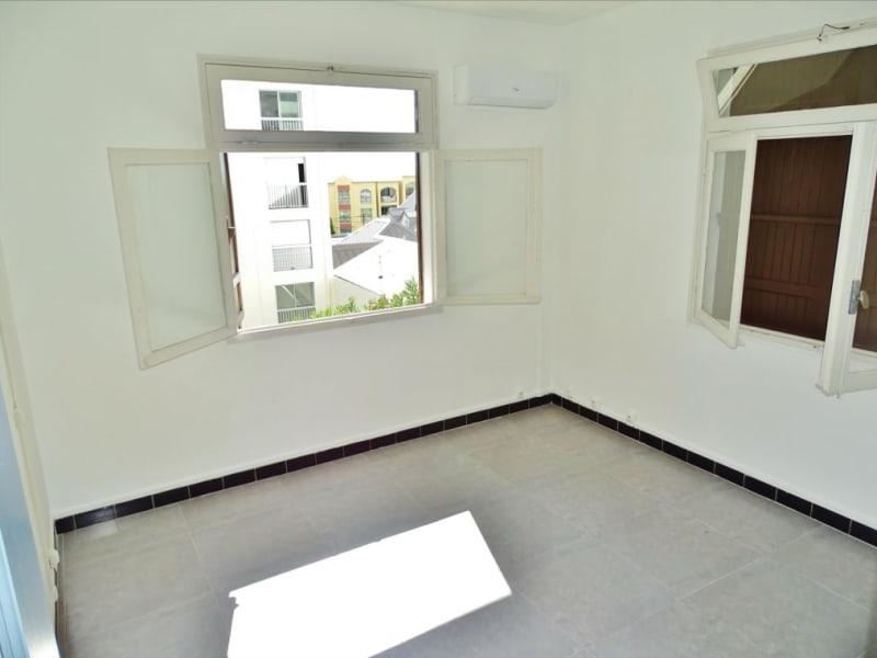 Rental apartment Saint denis 1000€ CC - Picture 3