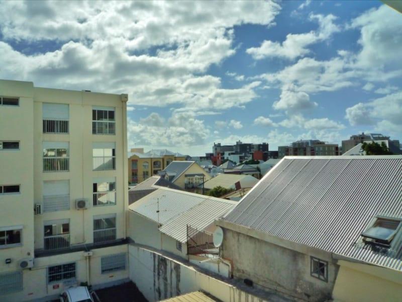 Rental apartment Saint denis 1000€ CC - Picture 9