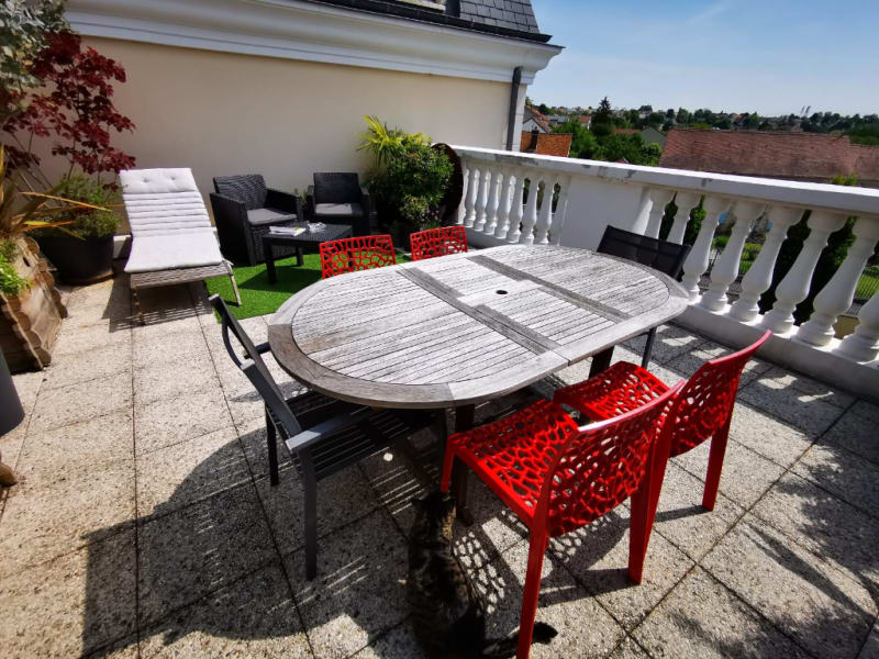 Sale apartment Osny 399000€ - Picture 2