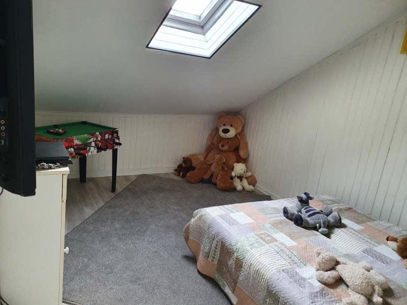 Sale house / villa Lesigny 318000€ - Picture 3
