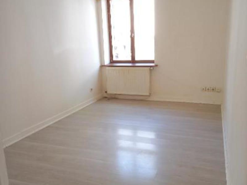Location appartement Belleville en beaujolais 400€ CC - Photo 1