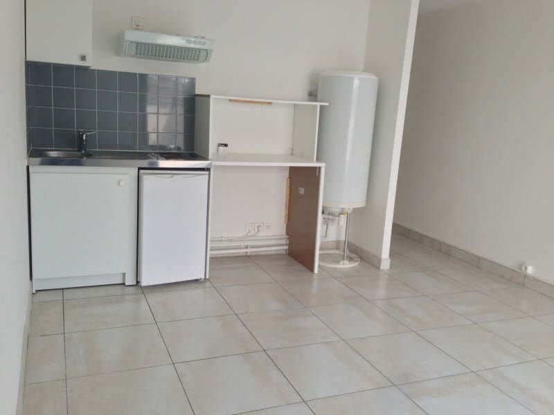 Rental apartment Palaiseau 555€ CC - Picture 2