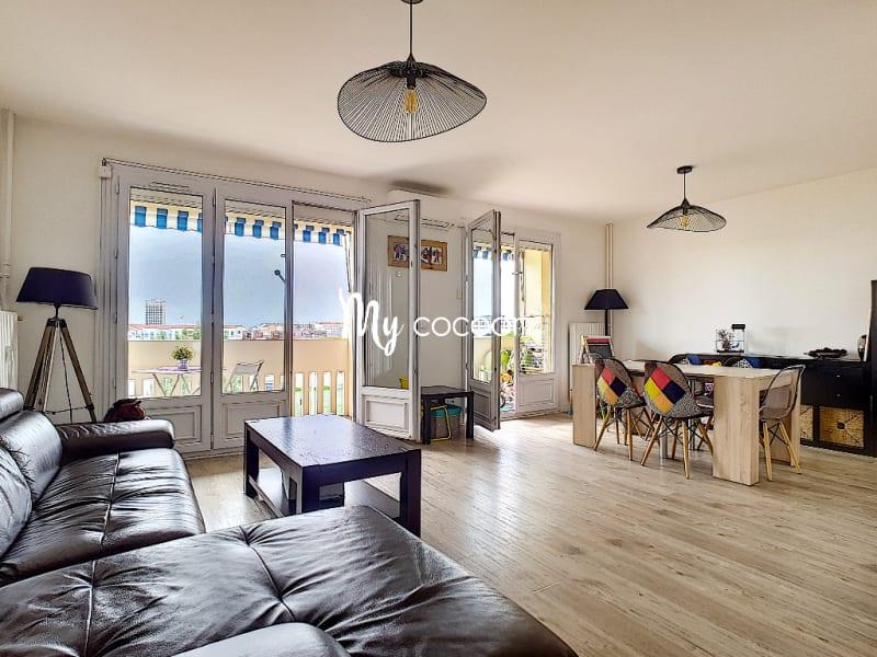 Sale apartment Lyon 3ème 390000€ - Picture 1