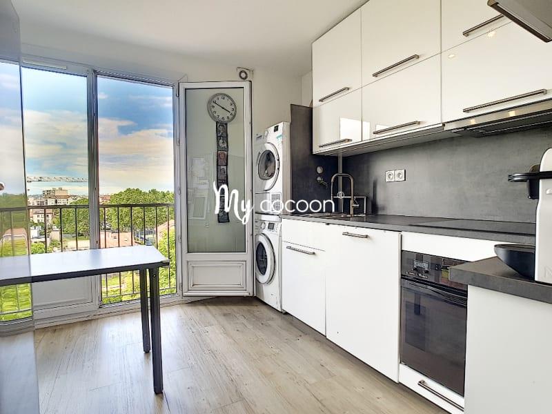Sale apartment Lyon 3ème 390000€ - Picture 3