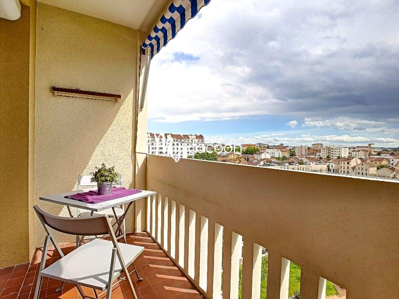 Sale apartment Lyon 3ème 390000€ - Picture 5