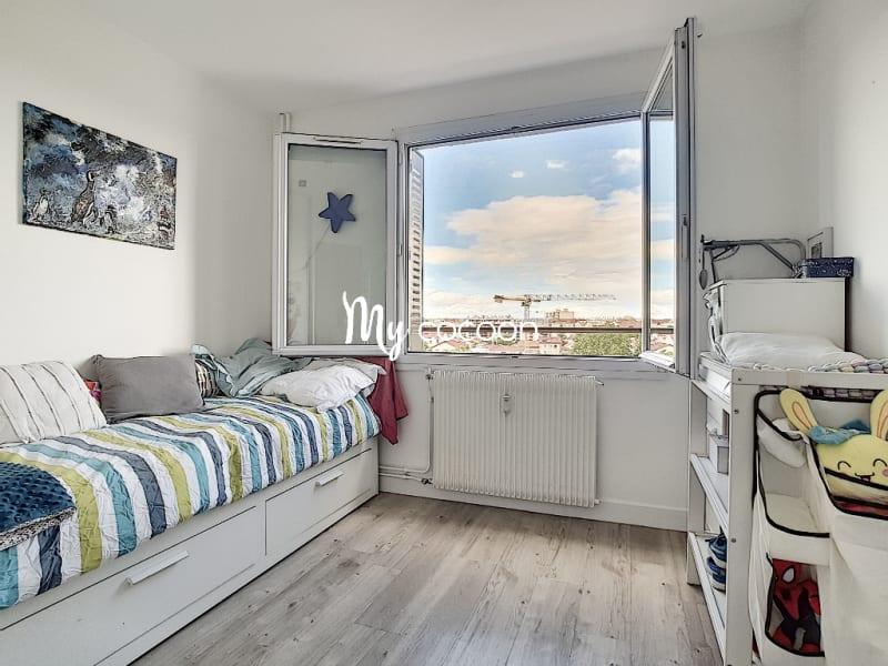 Sale apartment Lyon 3ème 390000€ - Picture 9