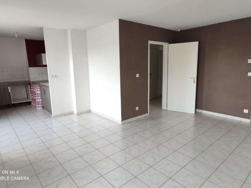 Sale apartment Saint quentin 65000€ - Picture 1
