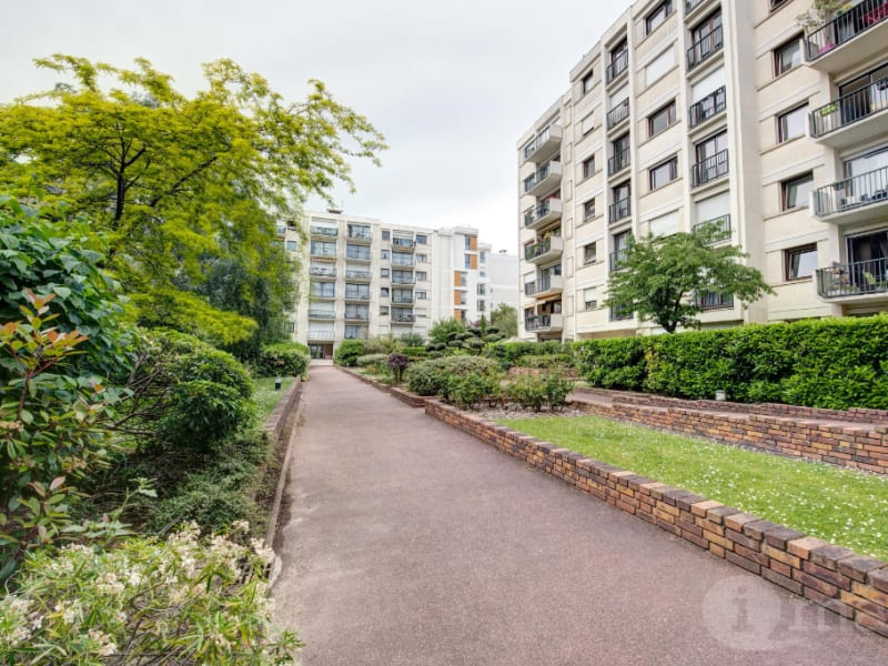 Sale apartment Courbevoie 798000€ - Picture 1