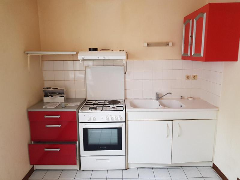 Rental apartment St martin du fresne 320€ CC - Picture 1