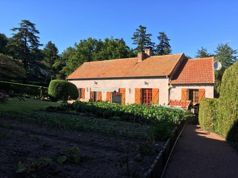 Sale house / villa La guiche 147000€ - Picture 1