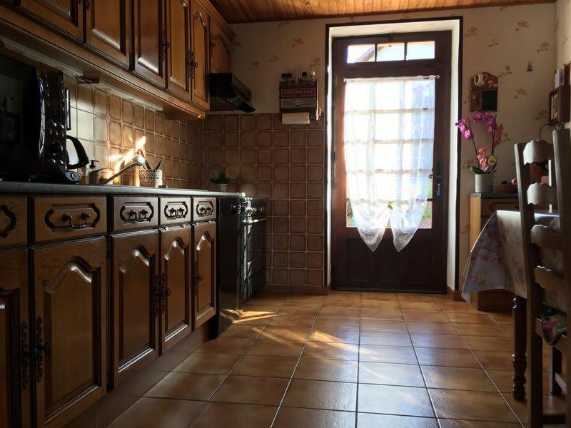 Sale house / villa La guiche 147000€ - Picture 5