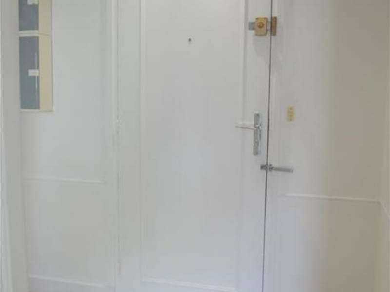 Rental apartment Rueil malmaison 775€ CC - Picture 2