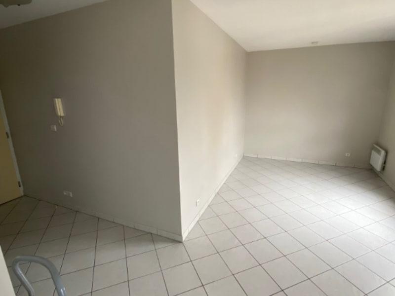 Location appartement Maisons laffitte 736,76€ CC - Photo 3