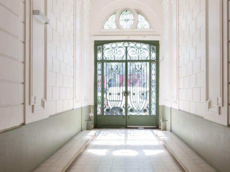 Sale apartment Paris 18ème 1620000€ - Picture 3